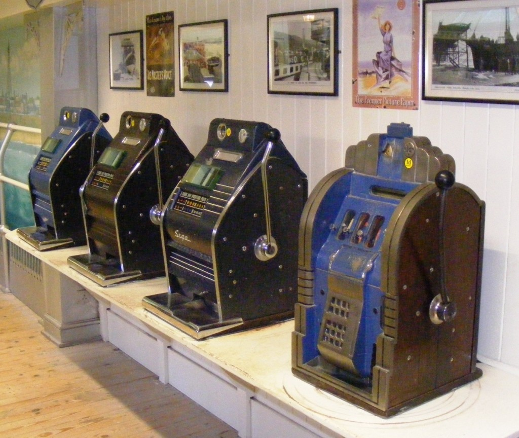 Old style mechanical slots often fell victim to cheats.